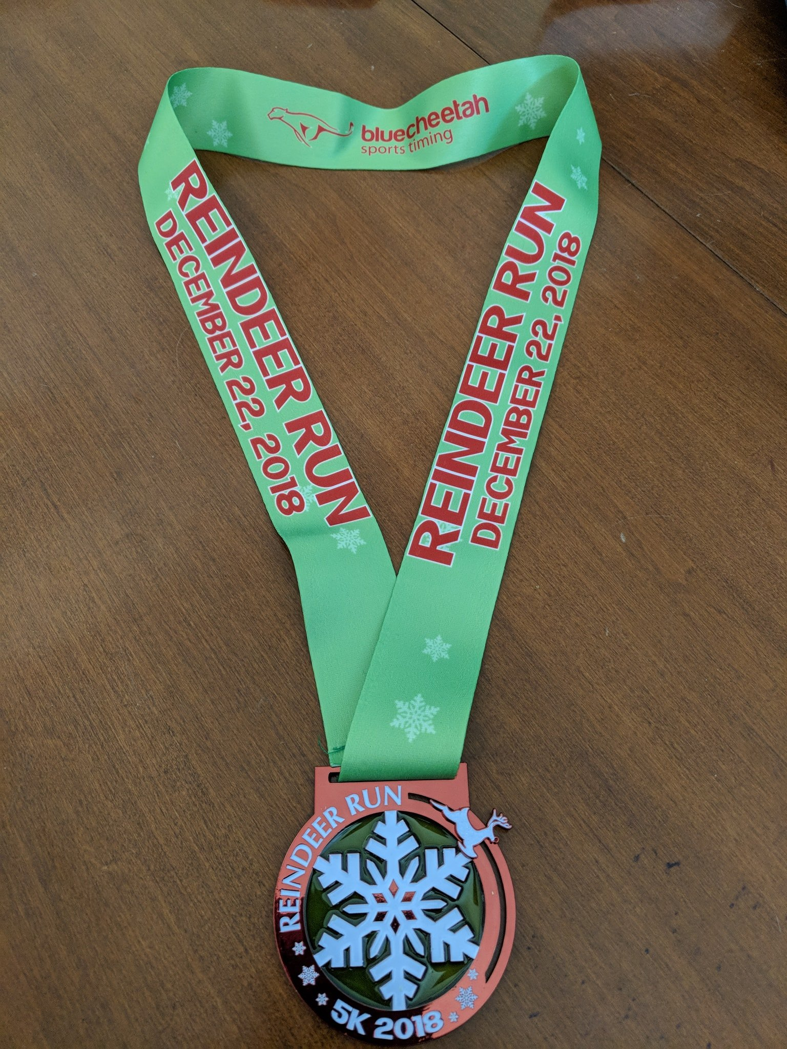 2018 5K Medal with Flying Reindeer